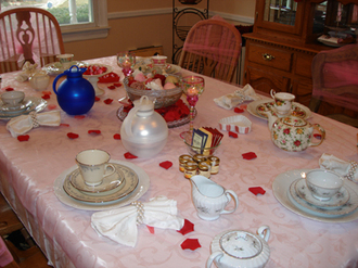 Tea_party_at_cris_house