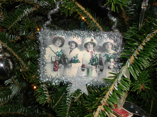 4_ladies_christmas_ornament_1