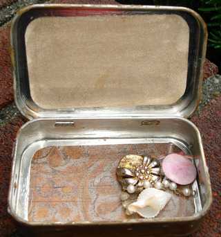 Tvd_altoid_tin_swap_sf6
