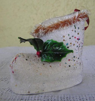 Vintage_christmas_boot_ornament_1