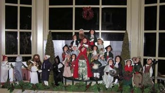 Byers_choice_carolers