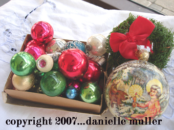 Vintage_christmas_ornaments_copy