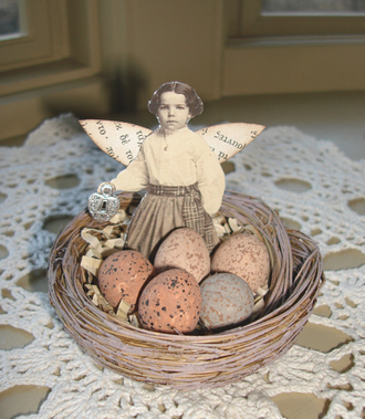 Girl_fairy_in_nest