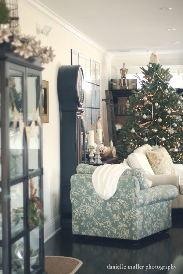 Holiday House Tour 8
