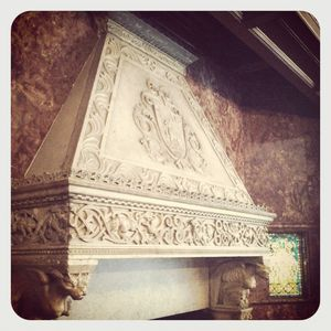Mantle in bayard mansion