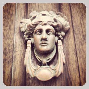Doorknocker in nyc 1