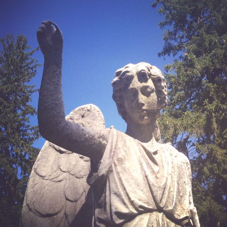 Angel statue pointing