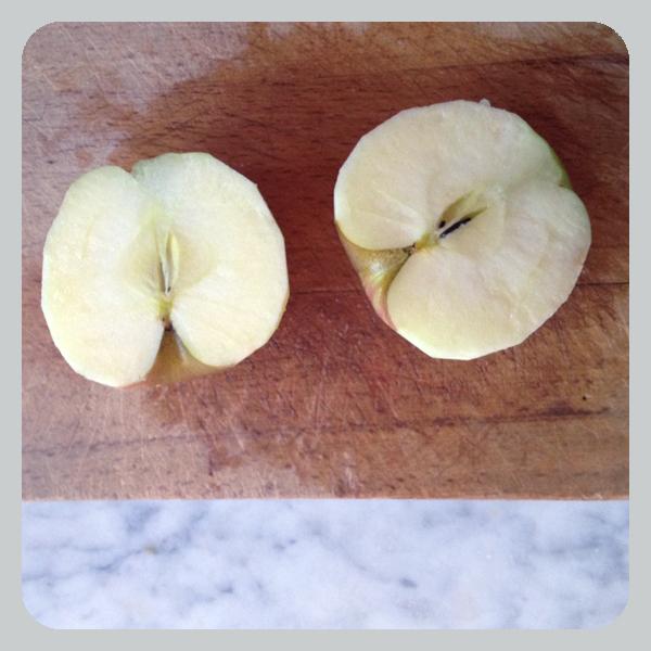 Apple-halves-for-post