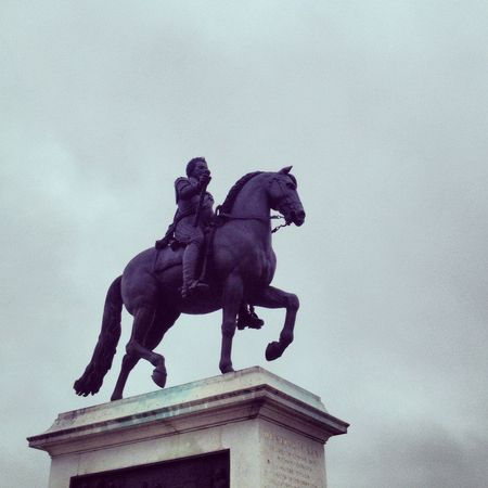 Henri IV statue @ pont neuf bridge 2