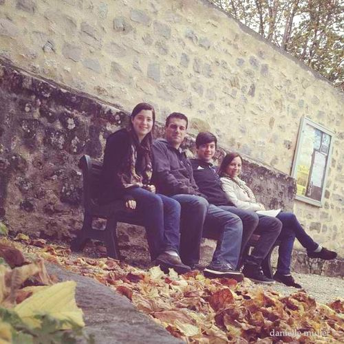 Family on bench in Bourron-Marlotte