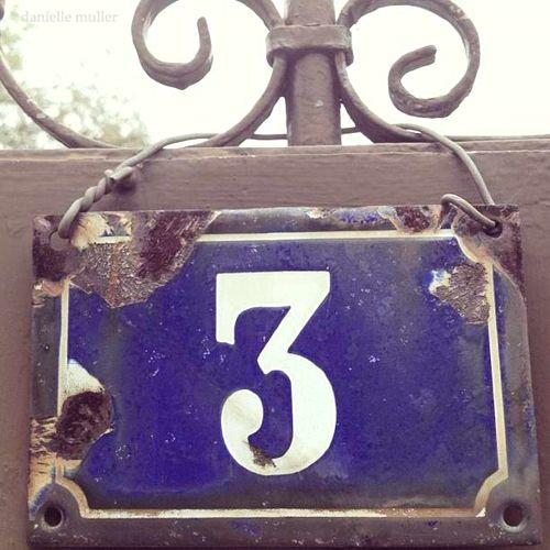 No. 3 Sign in Bourron Marlotte