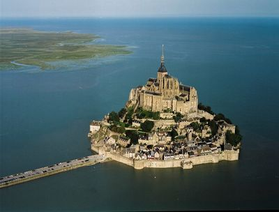Mont_st_michel high tide patheos